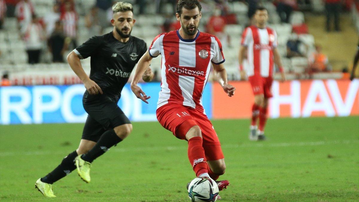 Adana Demirspor, Antalyaspor'u 1-2 yendi