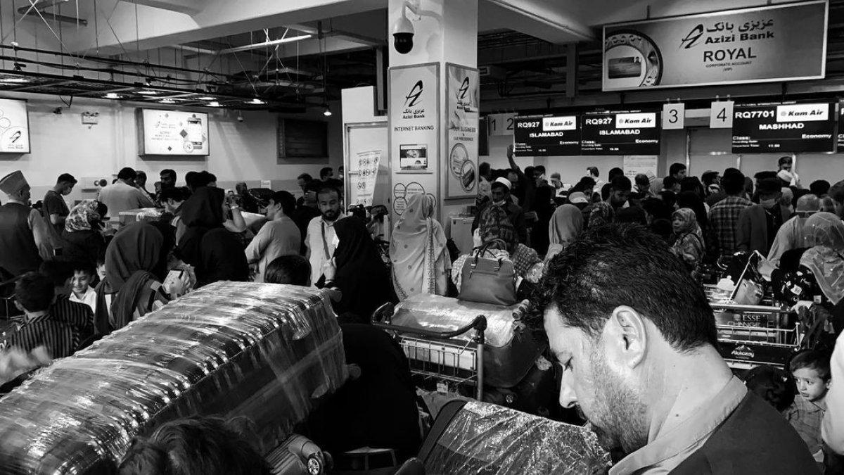 Afgan gazeteci kargo uçağıyla kaçışını anlattı #1