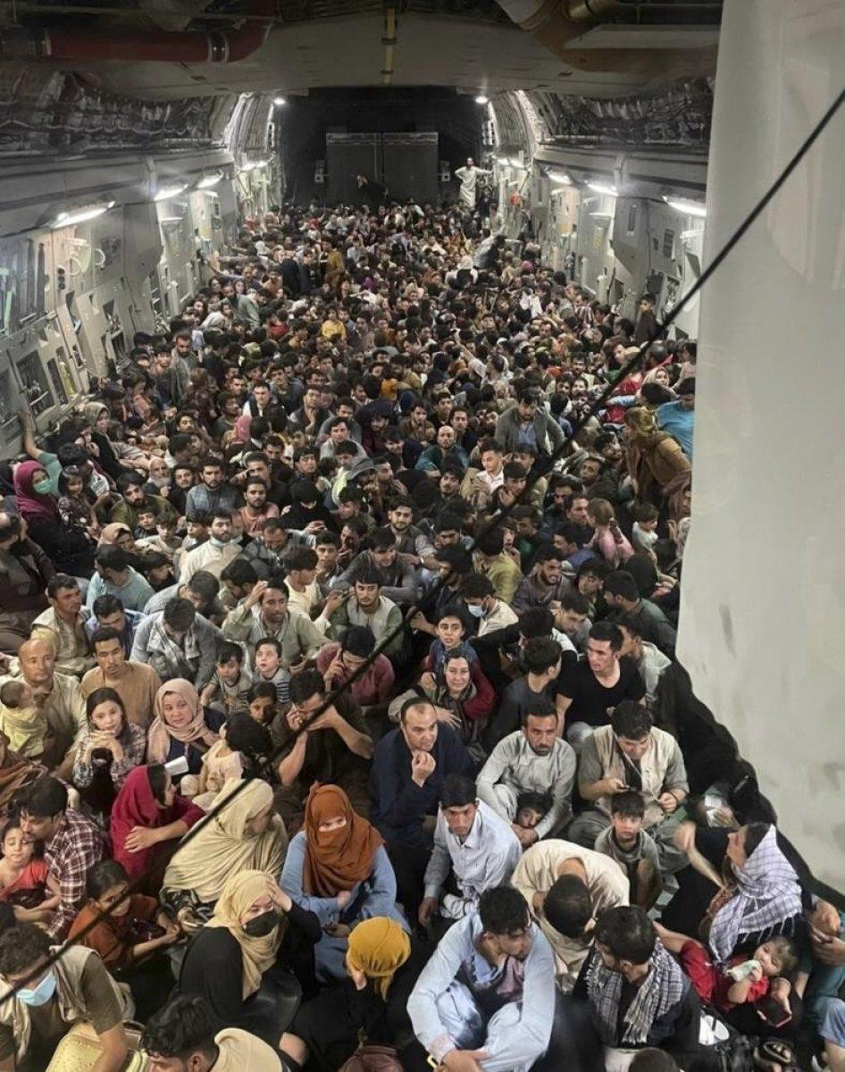 Afgan gazeteci kargo uçağıyla kaçışını anlattı #3
