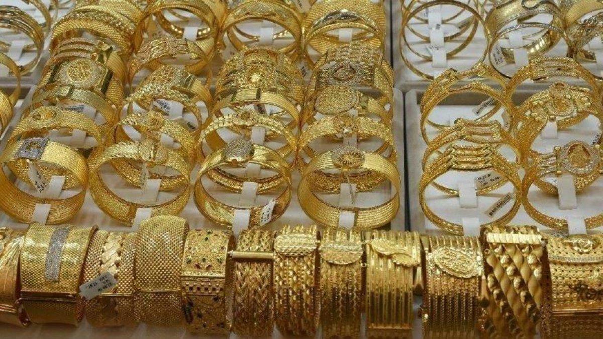 Altında ibre yukarı döndü! Altın fiyatları 23 Ağustos 2021: Bugün gram, çeyrek, yarım, tam altın ne kadar?