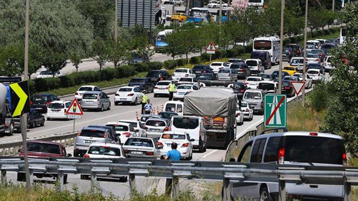 Ankara Emniyet Müdürlüğü duyurdu! Bugün hangi yollar trafiğe kapatılacak? #1