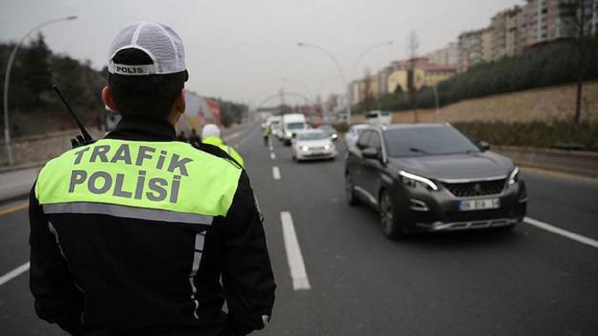 Ankara Emniyet Müdürlüğü duyurdu! Bugün hangi yollar trafiğe kapatılacak?