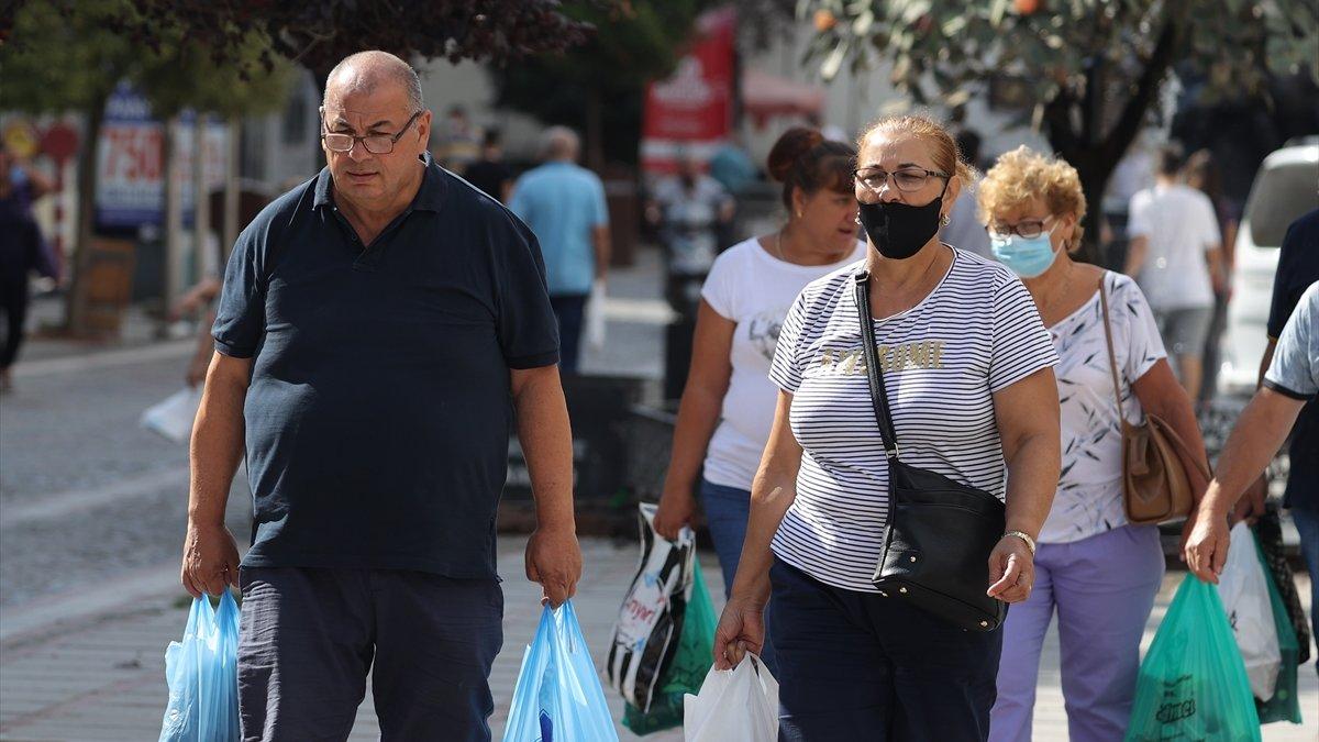 Aşılanmanın yüksek olduğu Trakya'da maskeler unutuldu