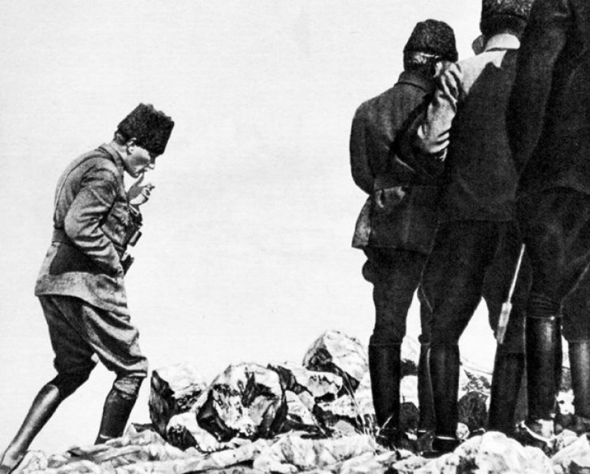 Atatürk ün 30 Ağustos Zaferi sonrası verdiği emrin belgesi #2