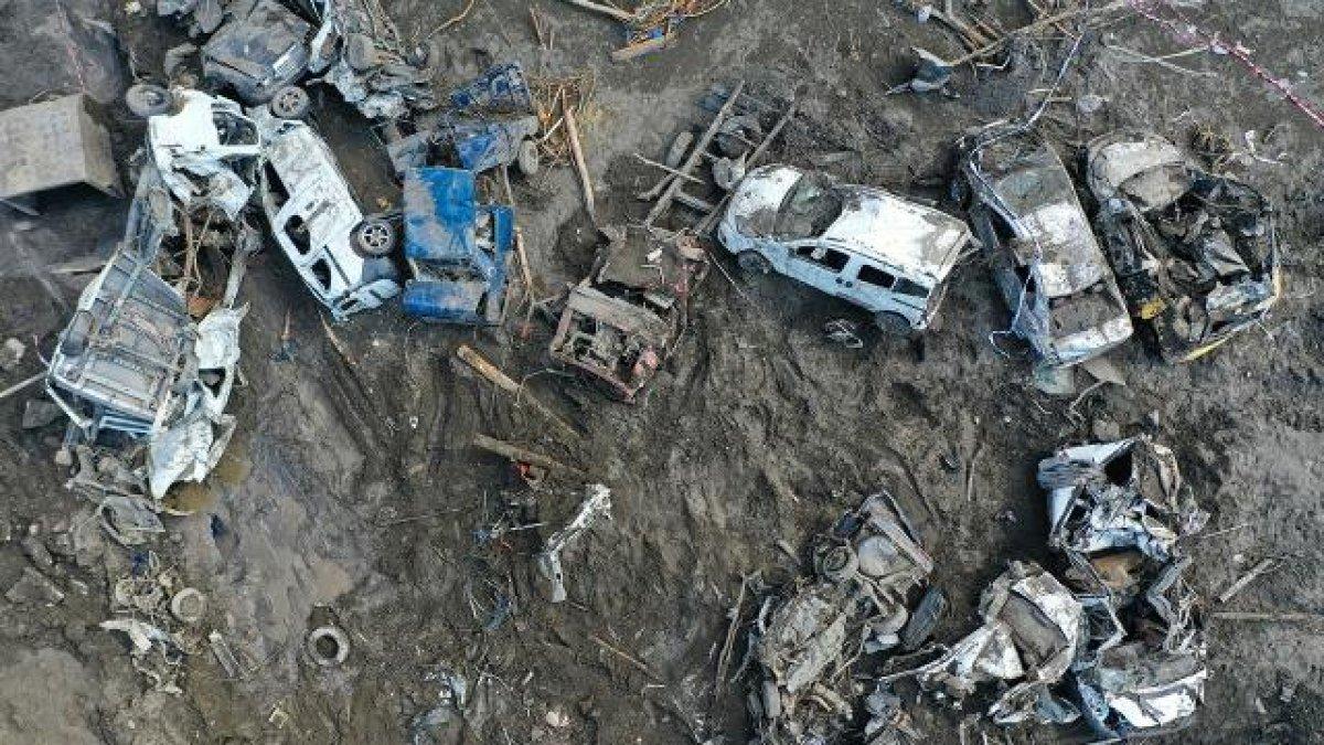 Batı Karadeniz deki selde can kaybı 82 ye yükseldi #1