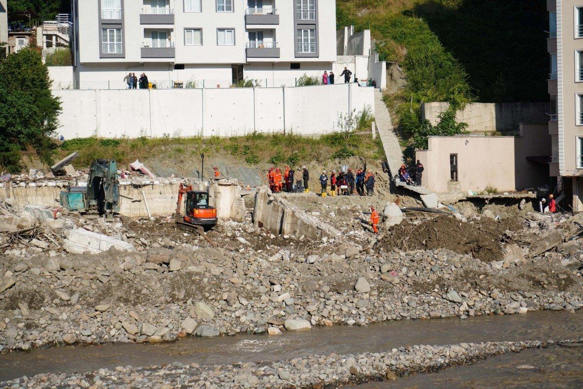 Batı Karadeniz deki selde can kaybı 82 ye yükseldi #4