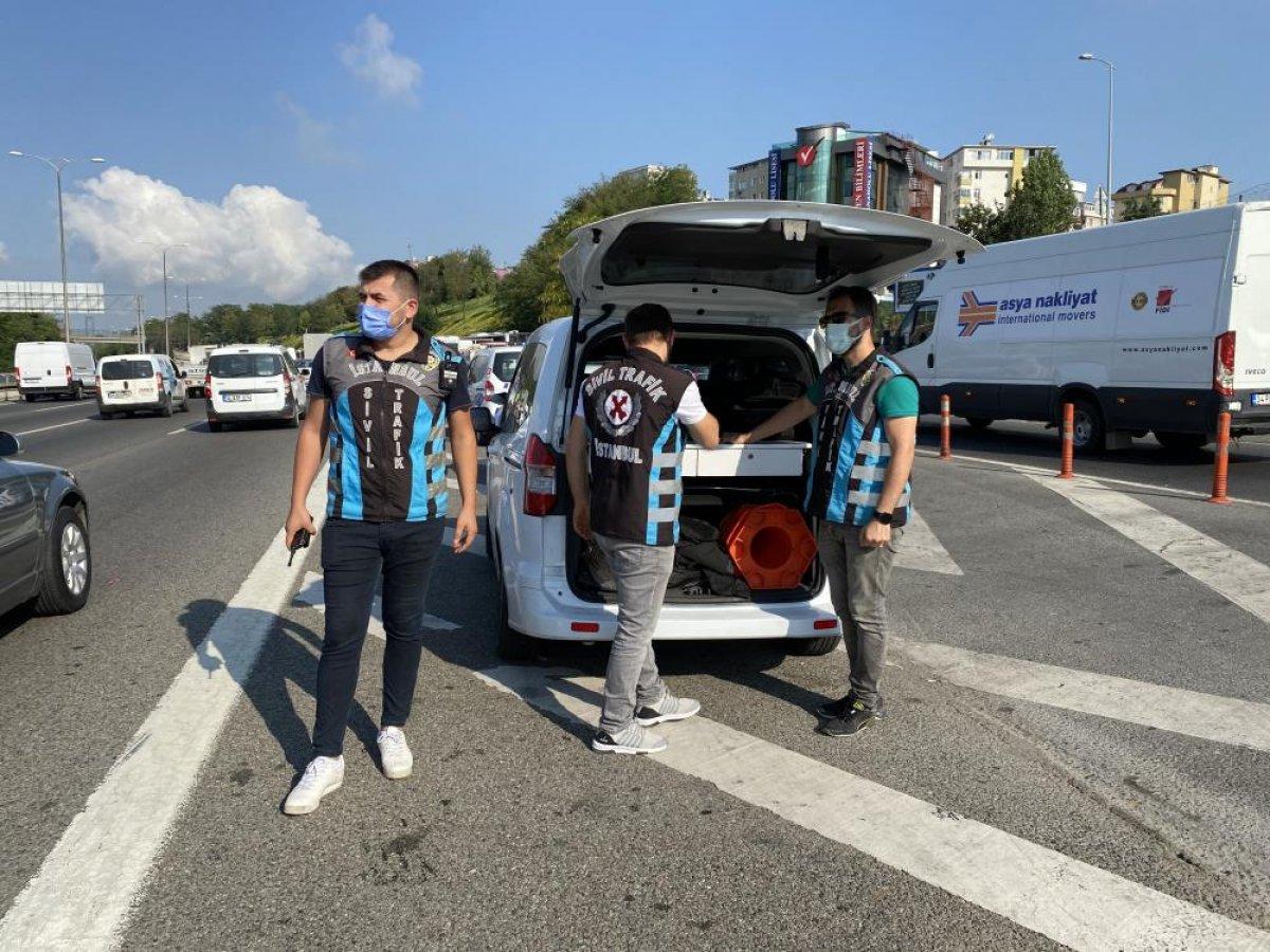Beykoz da sürücülere usulsüz çakar denetimi yapıldı #5