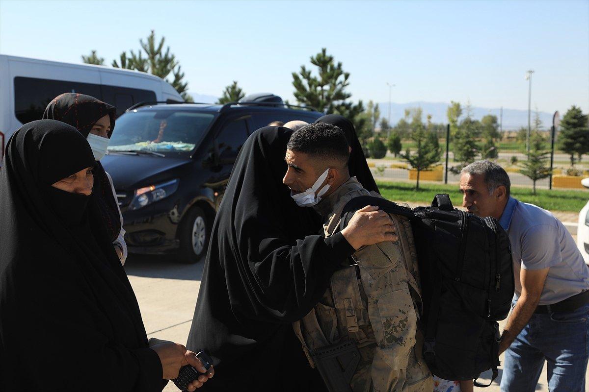 Bingöl'de, komandolar dualarla Suriye'ye uğurlandı #14