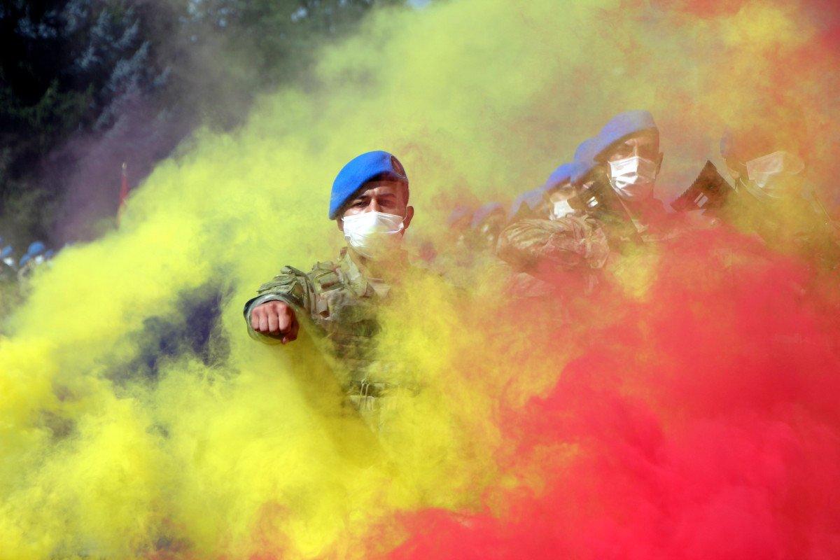 Bolu'da mavi bereli komandoların görkemli 30 Ağustos yürüyüşü #9
