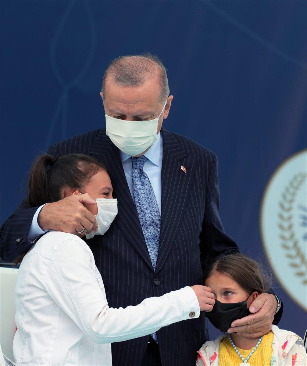 Cumhurbaşkanı Erdoğan a çocuklardan yoğun ilgi #12