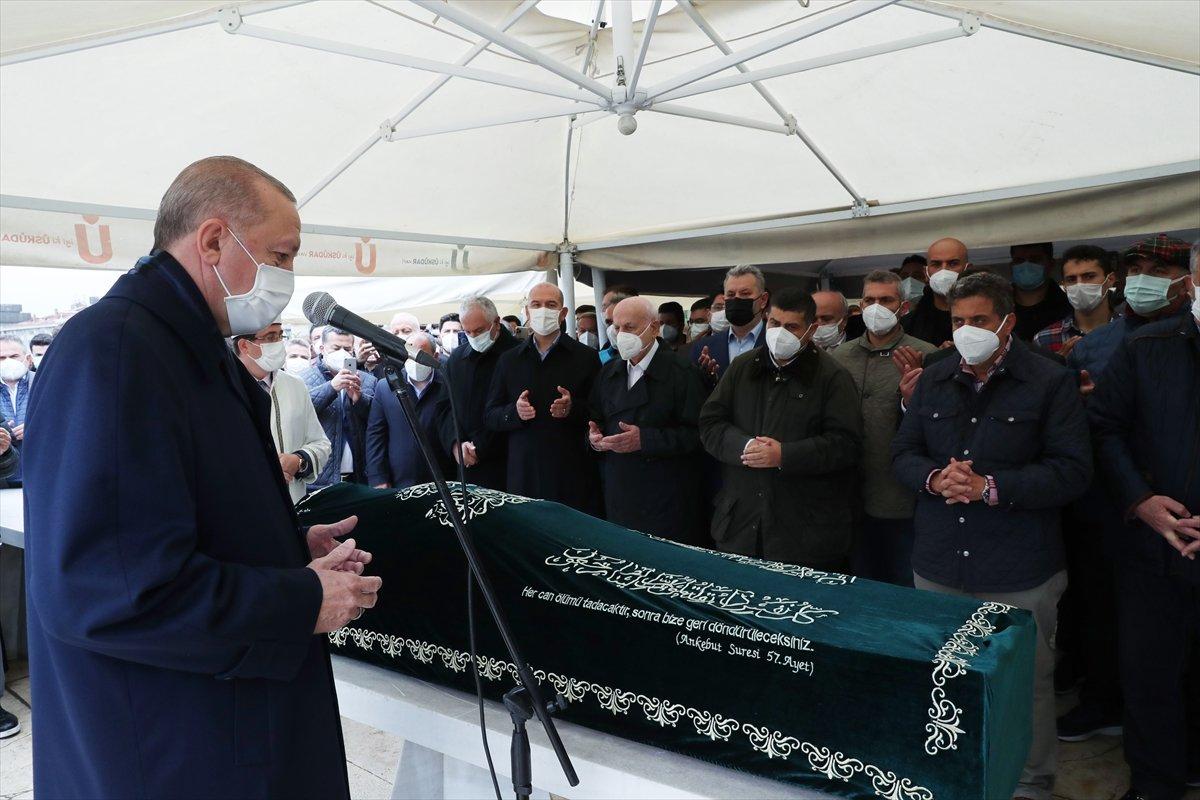 Cumhurbaşkanı Erdoğan, Ahmet Gür ün cenazesine katıldı #1