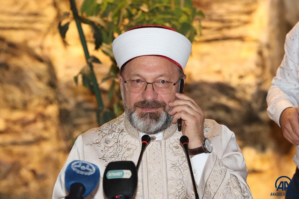 Cumhurbaşkanı Erdoğan: Diyanet camiamız üzerinde bazı spekülatif olaylar cereyan ediyor #1