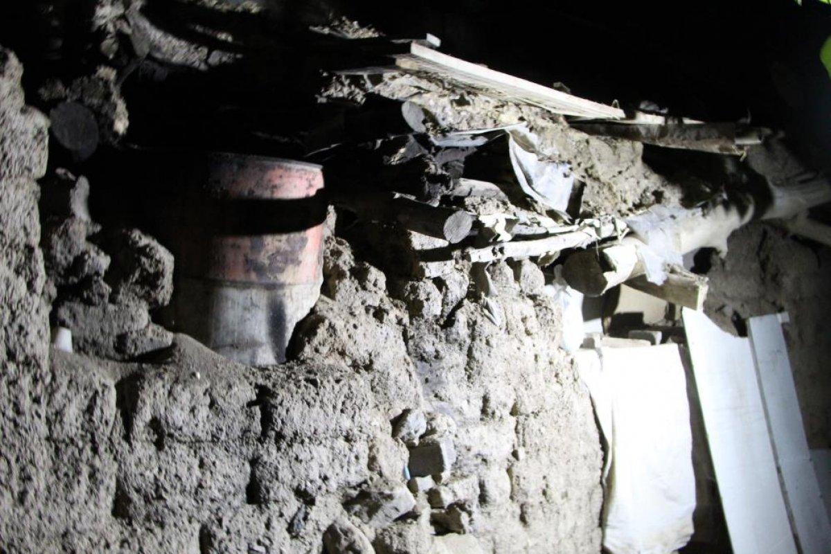 Denizli de yaşanan depremden etkilenen ev sahipleri, çadıra yerleştirildi #2