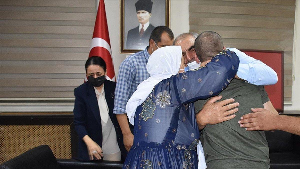 Diyarbakır da ailelerin evlat nöbeti 3 üncü yılına girdi #3