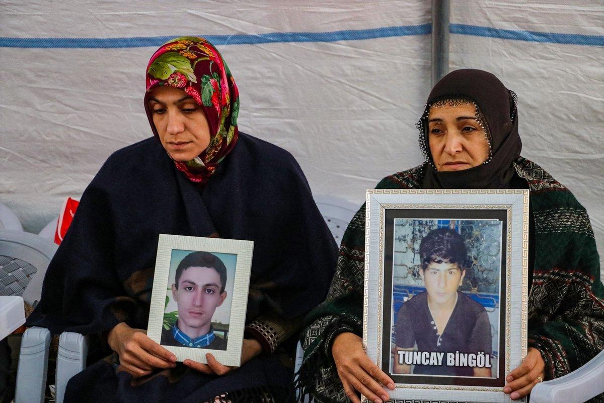 Diyarbakır da ailelerin evlat nöbeti 3 üncü yılına girdi #10