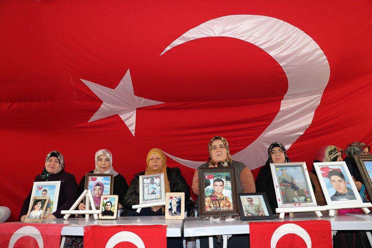 Diyarbakır da ailelerin evlat nöbeti 3 üncü yılına girdi #12