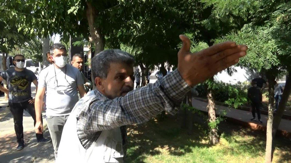 Diyarbakır da evlat hasreti çeken aileler İHD ye tepki gösterdi #4