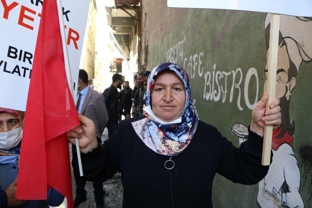 Diyarbakır daki annelerden, Hakkari deki evlat nöbeti eylemlerine destek #9