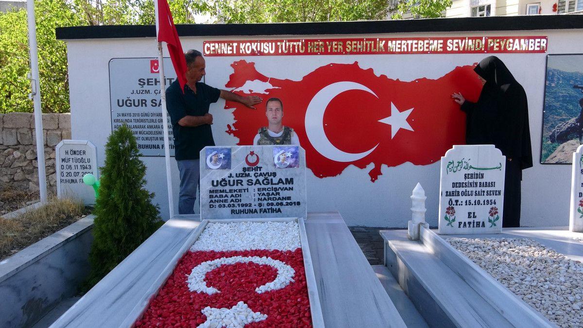 Diyarbakır şehidine ailesi anıt yaptırdı #1