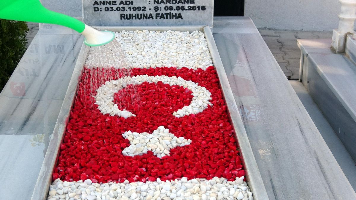 Diyarbakır şehidine ailesi anıt yaptırdı #7
