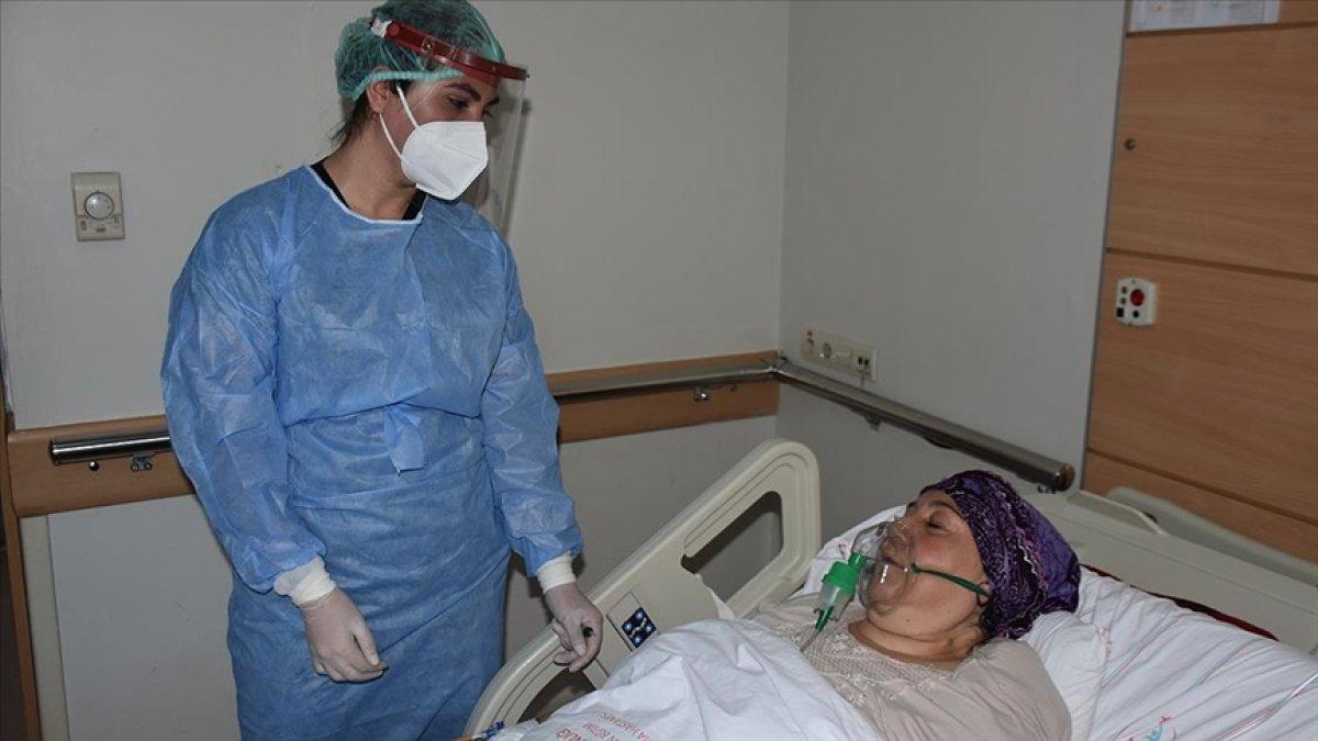 Gaziantep'te koronavirüse yakalanan kadın: Aşı olun, ben belki öleceğim ama siz ölmeyin