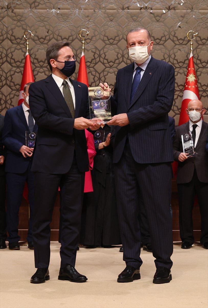 İletişim Başkanı Fahrettin Altun a Yılın İletişim Ödülü #2