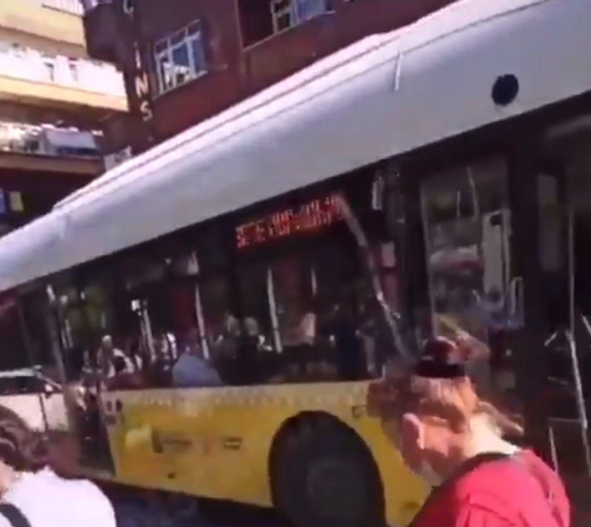 İstanbul da İETT araçlarındaki arızalar mağduriyet oluşturmaya devam ediyor #1