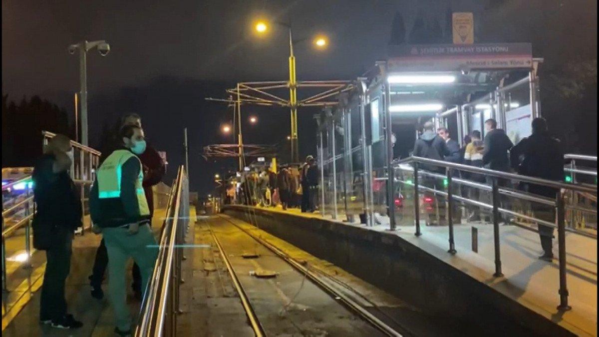 İstanbul'da tramvay elektrik kablolarında arıza: Şehitlik Durağı kapatıldı