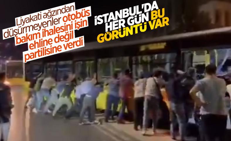 İstanbul Salacak'ta bir İETT otobüsü daha yolda kaldı