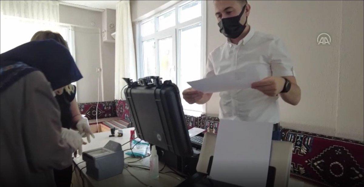 Karabük'te hasta ve yaşlılar için 'evde nüfus cüzdanı' uygulaması #2