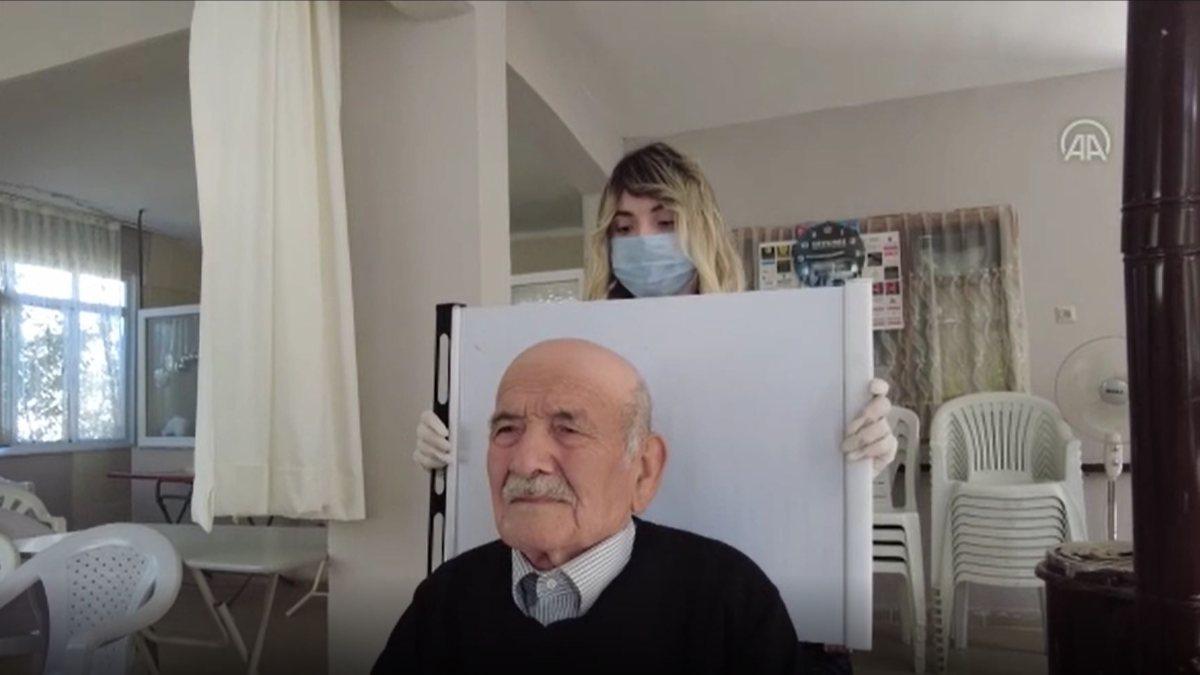 Karabük'te hasta ve yaşlılar için 'evde nüfus cüzdanı' uygulaması