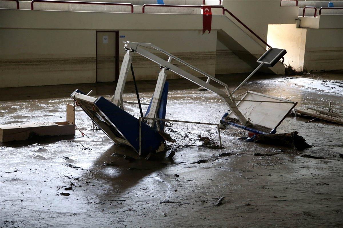 Kastamonu daki sel felaketinde spor tesisleri de zarar gördü #7