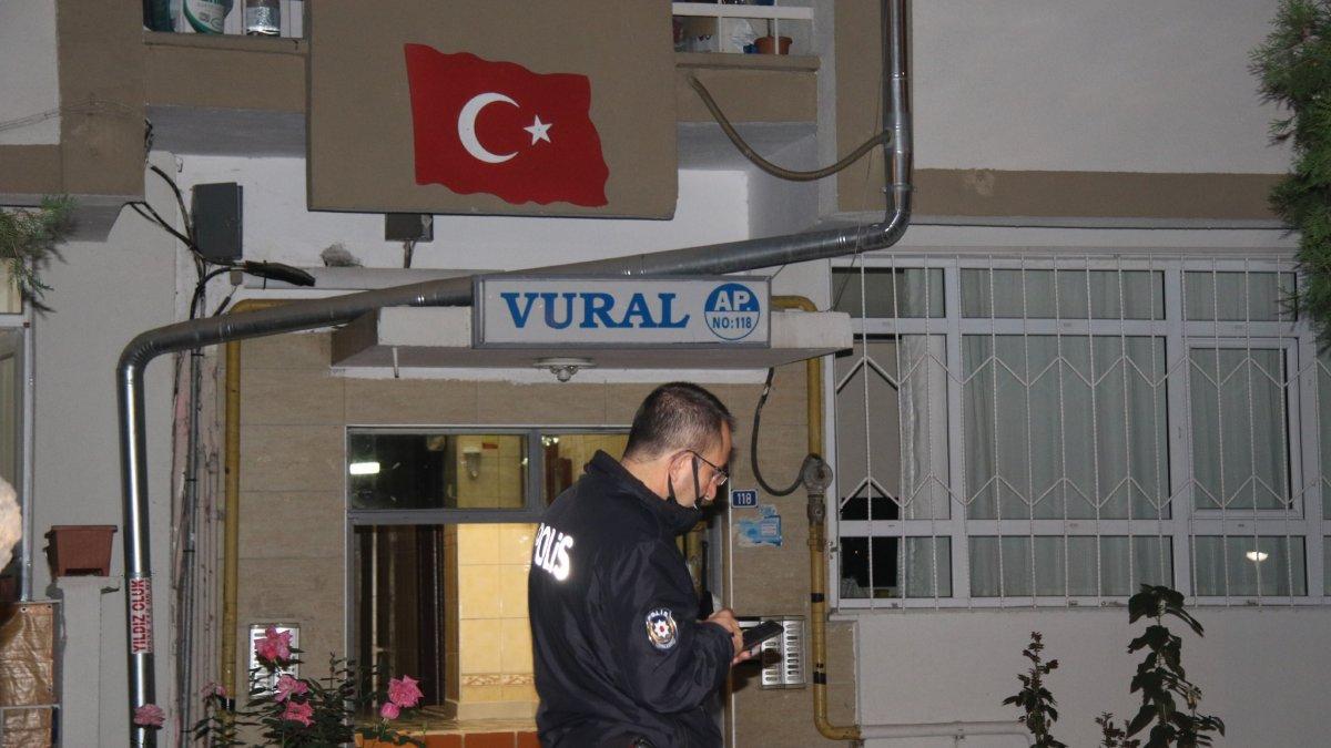 Kayseri'de şikayet üzerine gelen polisler apartmanda ceset buldu