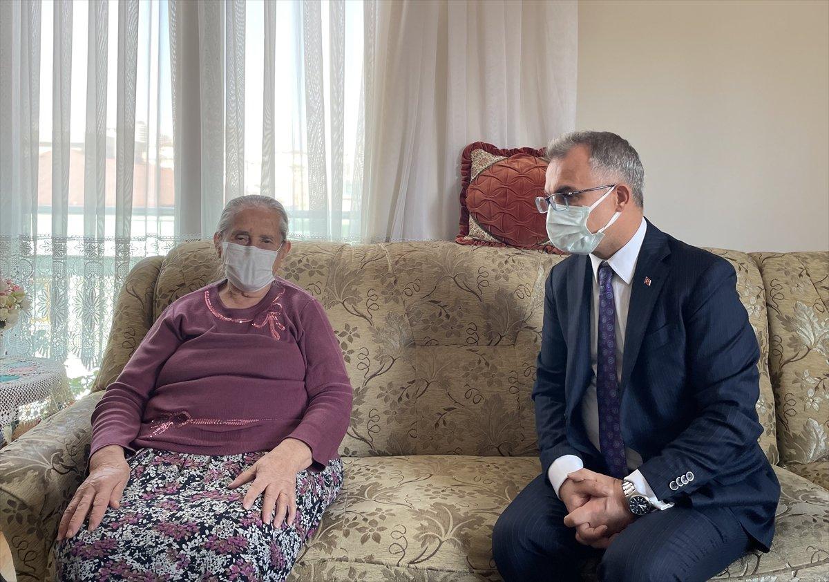 Maltepe'de, 65 yaş üzeri vatandaşlar evlerinde aşılandı #1