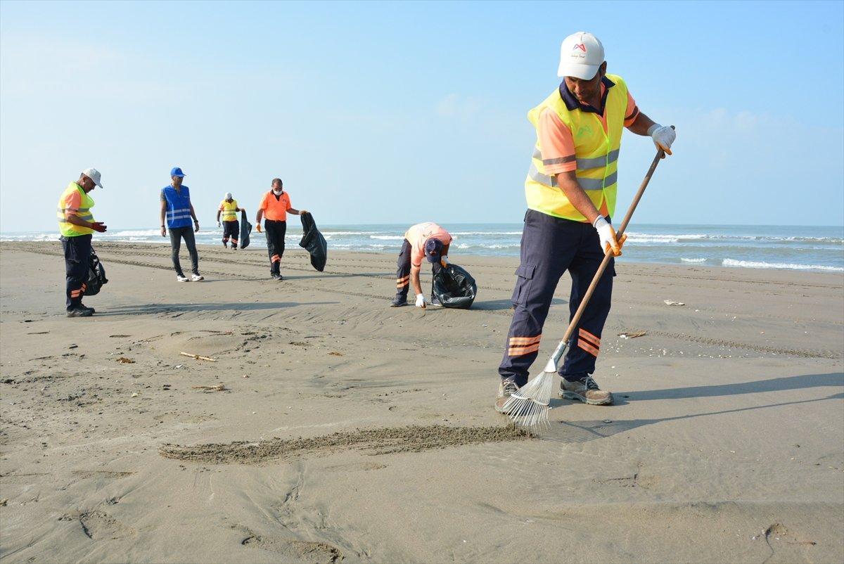 Mersin de, Suriye kaynaklı petrol sızıntısı temizlendi #2