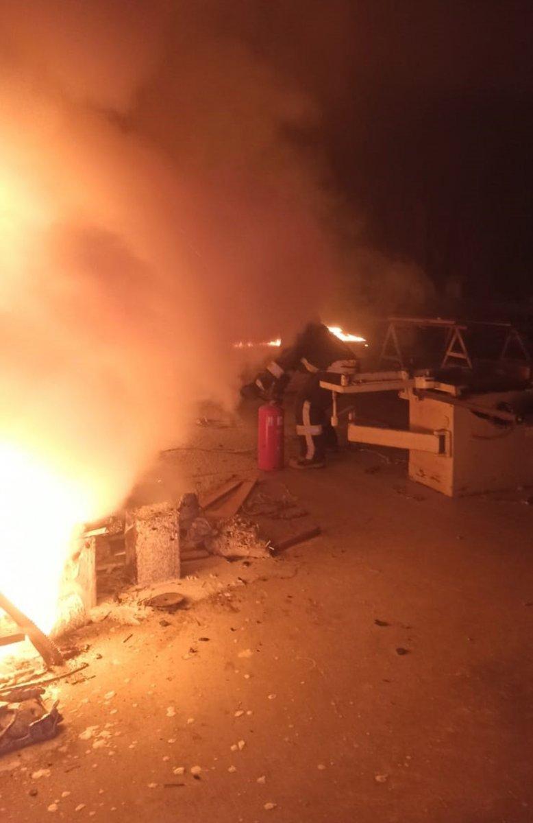 Muğla daki santralin marangoz atölyesinde yangın çıktı #1