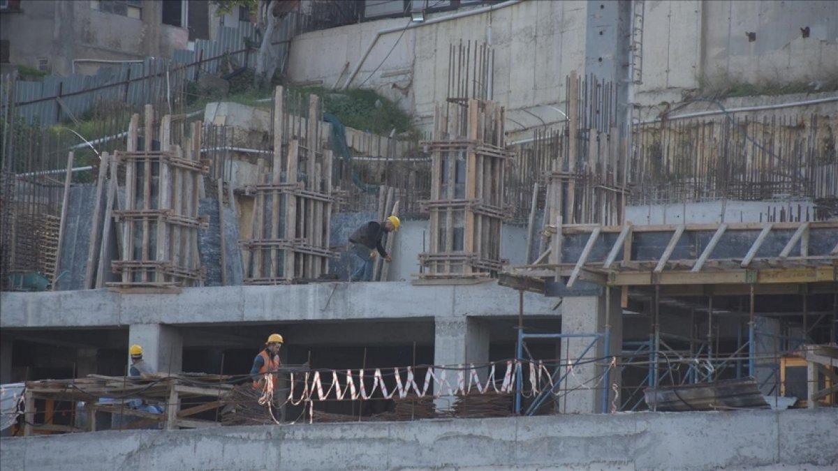 Müteahhitler ve çimentocular arasındaki zam gerginliği sürüyor #2