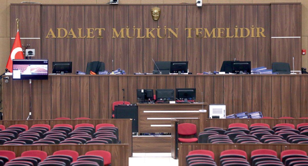 Rütbesini Fetullah Gülen in taktığı FETÖ cü eski komutan, hakim karşısına çıktı #2