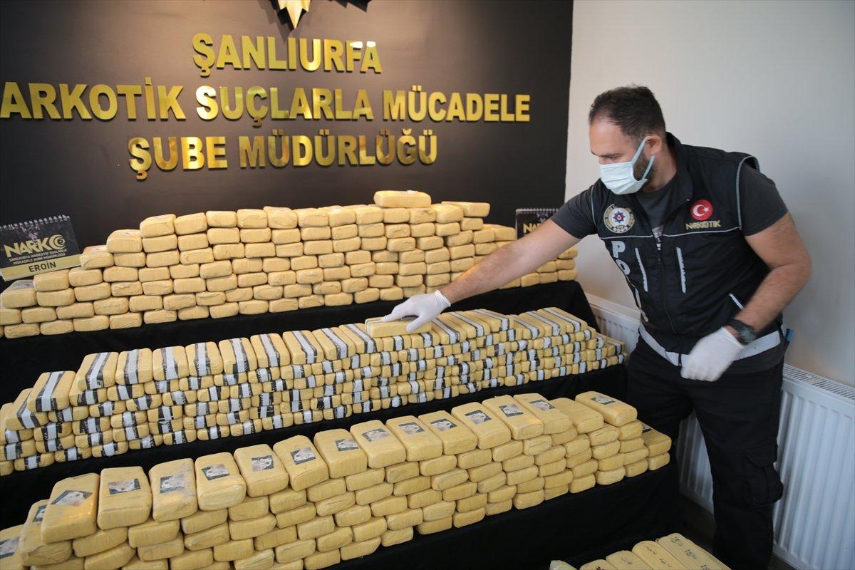 Şanlıurfa da 275 kilogram eroin yakalandı #2