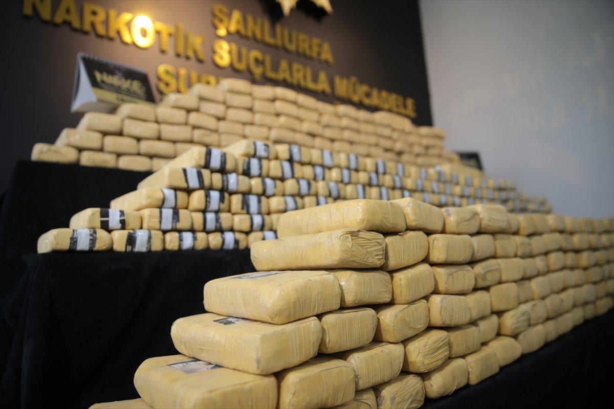 Şanlıurfa da 275 kilogram eroin yakalandı #3