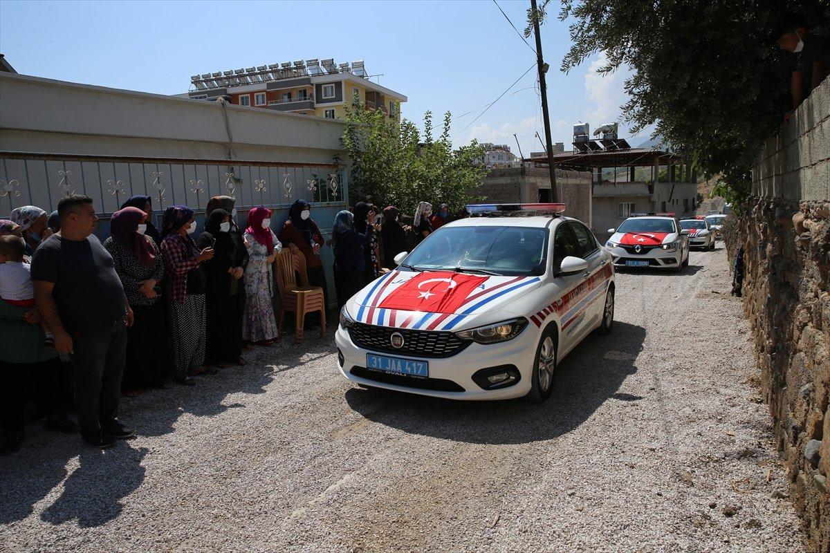 Şehit Turgay Abacı Hatay'da son yolculuğuna uğurlandı #7