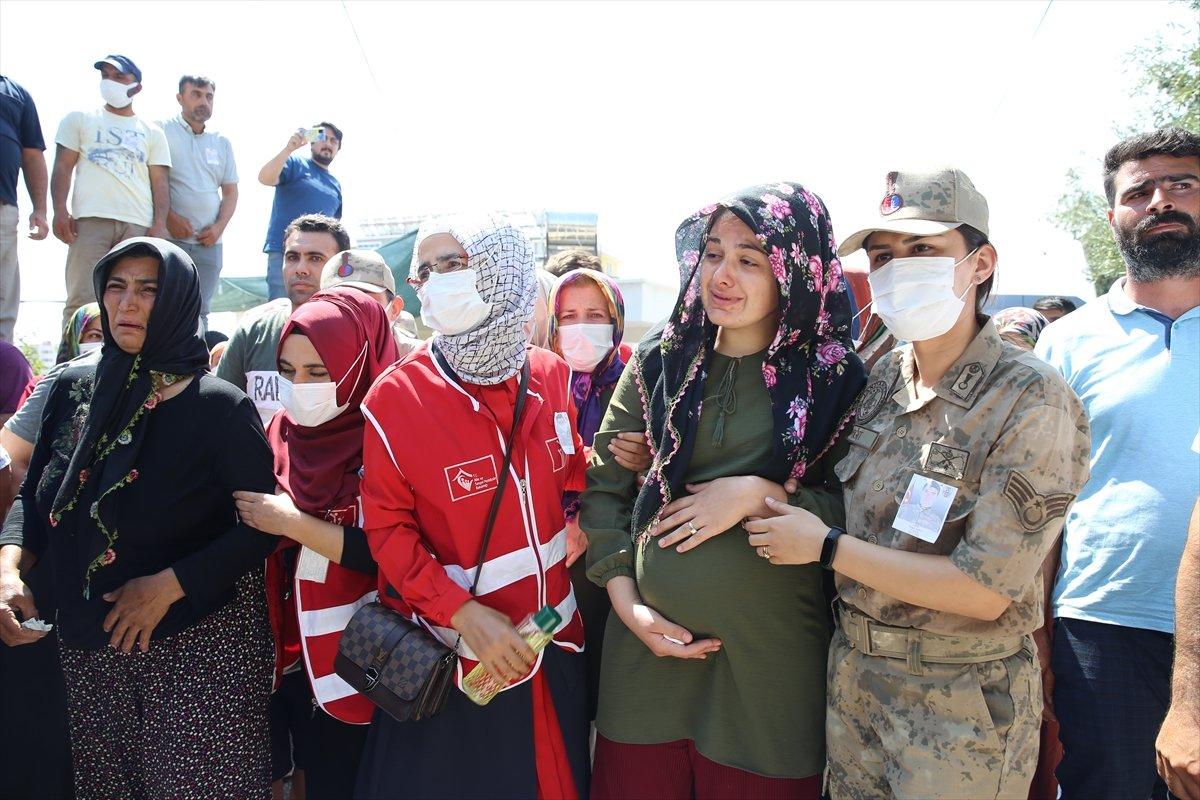 Şehit Turgay Abacı Hatay'da son yolculuğuna uğurlandı #10