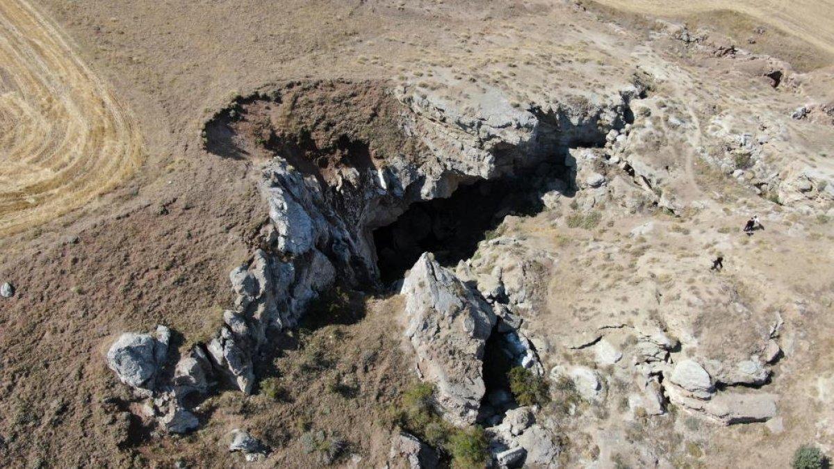 Sivas taki gizemli mağara da kuraklıktan etkilendi: Suyu çekildi #6