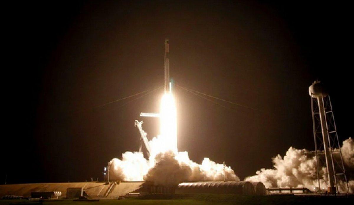 SpaceX in 4 amatör astronotundan ilk görüntüler paylaşıldı #6