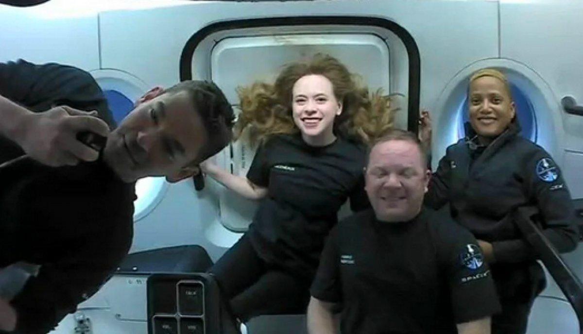 SpaceX in 4 amatör astronotundan ilk görüntüler paylaşıldı #8