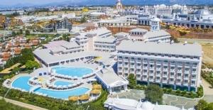 Antalya Havalimanı'ndan Otelinize Kolay Ulaşım