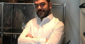 Ekonomist Önder Tavukçuoğlu: Borsa yatırımcısı temel ve teknik analizlerini aynı anda uygulamalı