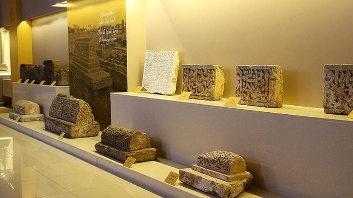 Ahlat'ta Arkeoloji Müzesi tam kapanmadan sonra ziyaretçilerini bekliyor