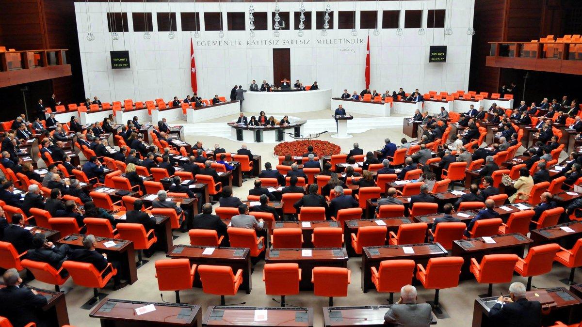 AK Parti'den 12 maddelik torba teklifi