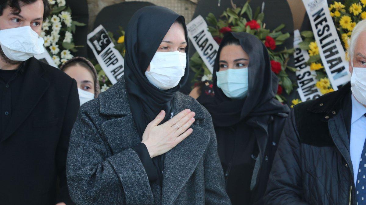 AK Parti Genel Başkan Yardımcısı Çiğdem Karaaslan'ın annesine veda